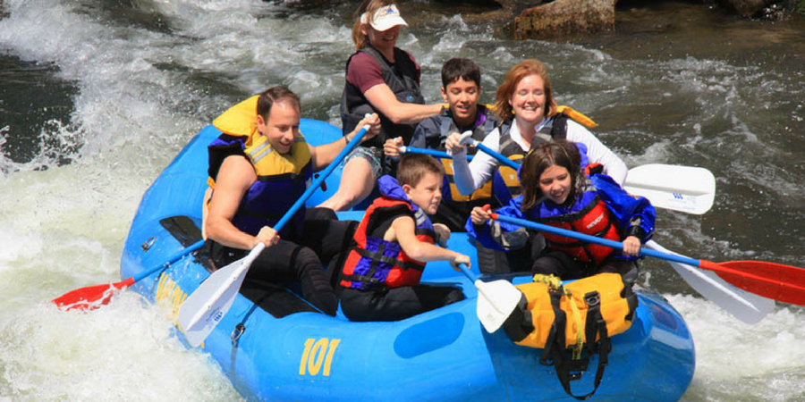 10 ways to cool off in Greenville, South Carolina in the summer - white water rafting
