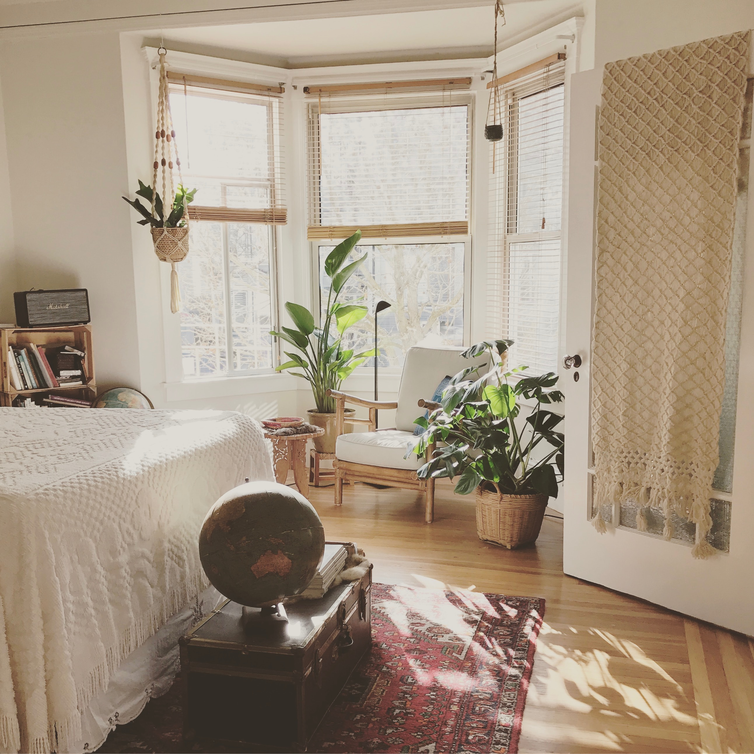 Make Your Rental House Feel Like Home – Without Damaging It!